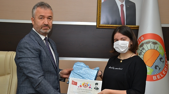 19 Mayıs Belediyesi'nden İstiklal Marşı güzel okuma yarışması
