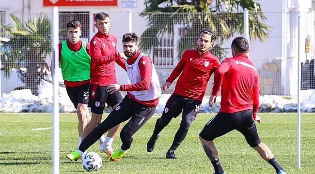 Samsunspor Eskişehirspor'a bileniyor