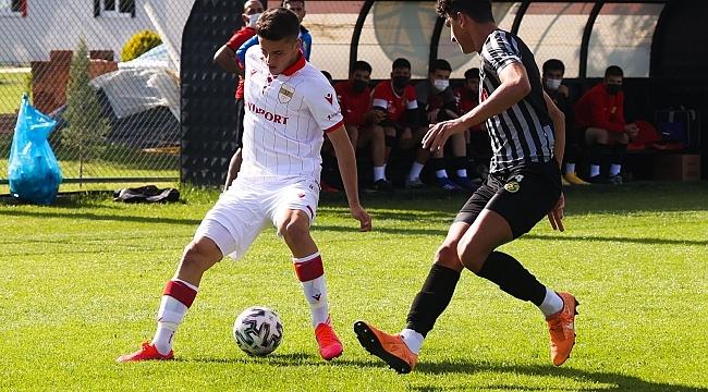 U19'lar Samsunspor'a boyun eğdi!