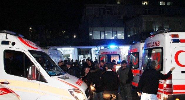 Beşiktaş patlamasında yaralananlar hastanelere sevk edildi