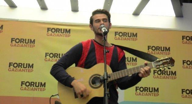 Cem Belevi Forum Gaziantep'te hayranlarıyla buluştu