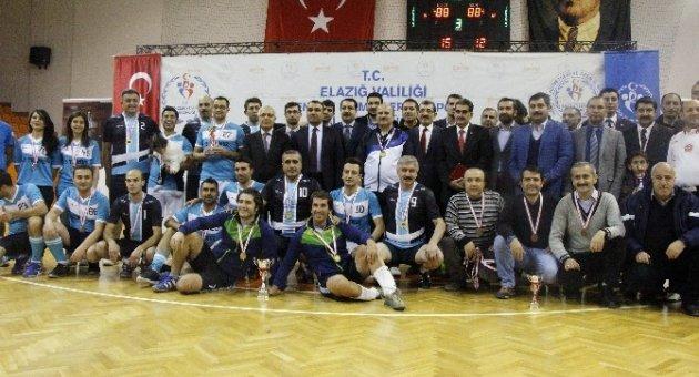 Elazığ'da 'Biz birlikte Türkiye'yiz' turnuvası sona erdi