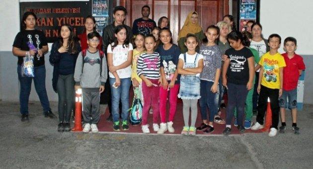 Kuşadası Belediye Tiyatrosu kursiyer seçmeleri tamamlandı