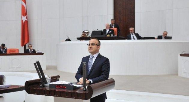 """Turan: """"Nazlı Ilıcak'ı, Ahmet Altan'ı alkışlattınız, yetmedi vekil yapın"""