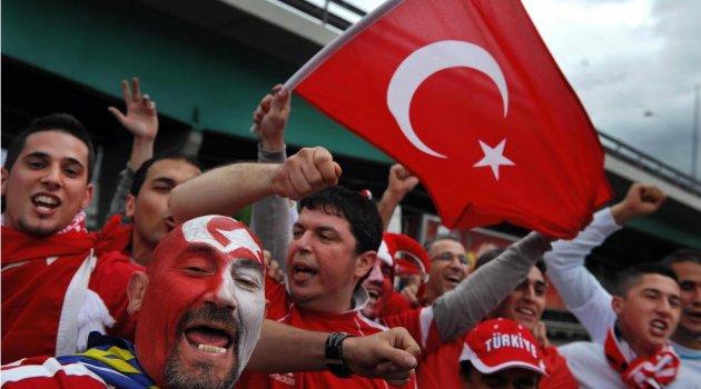 TÜRKİYE'NİN EURO 2016 MUHTEMEL RAKİPLERİ BELLİ OLDU